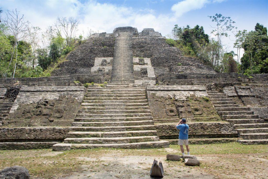 lamanai-maya-ruins-in-belize